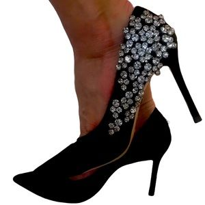 Uterque stunning shoes size 36 color black